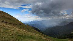 Chubascos en el Cantábrico interior, sistema Ibérico oriental y Pirineos