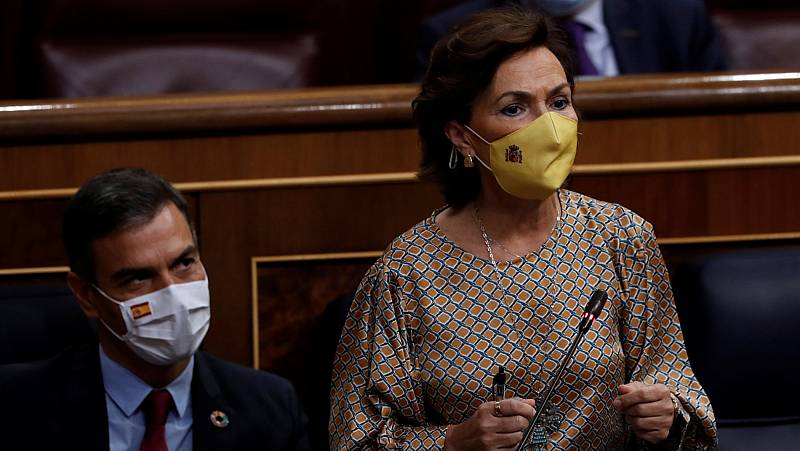 """Calvo, a Espinosa de los Monteros: """"Políticamente hablo con usted porque estoy obligada a ello"""""""