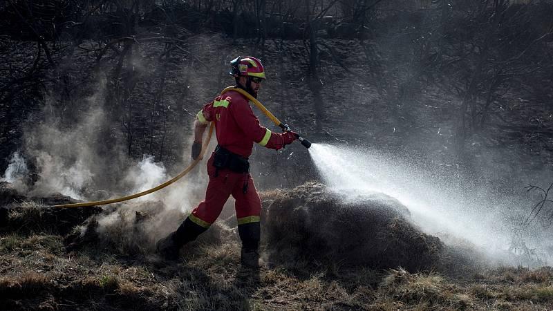 Los diez incendios que continúan activos en Galicia queman más de 9.000 hectáreas