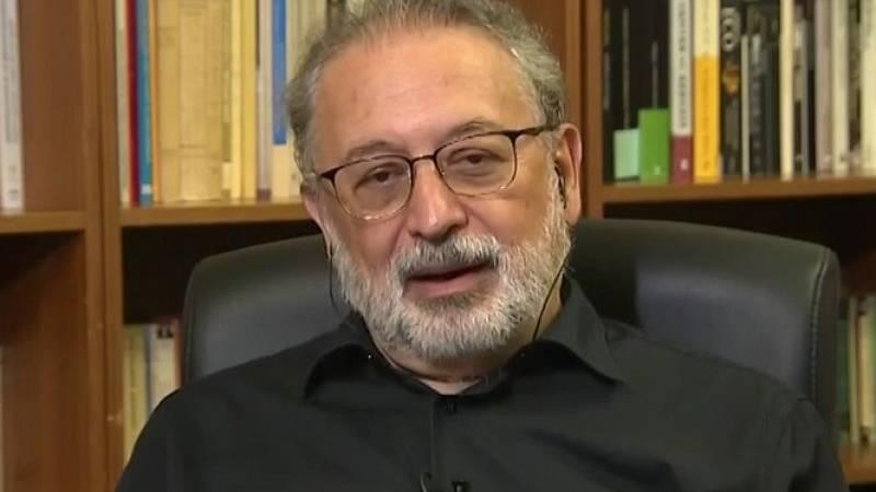 """Daniel López-Acuña, exdirector de crisis de la OMS: """"Este verano en el que se vivió como si no existiese el virus está teniendo sus consecuencias ahora"""""""