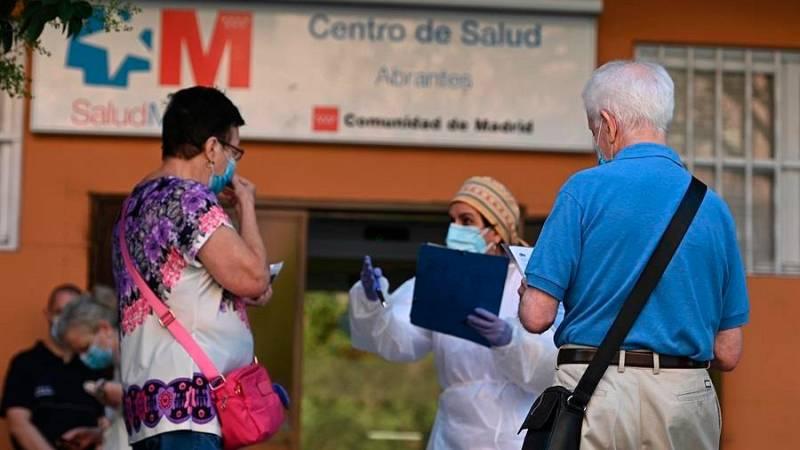 Crece la saturación en los centros de salud de Madrid ante el aumento de hospitalizaciones y la vuelta a clase