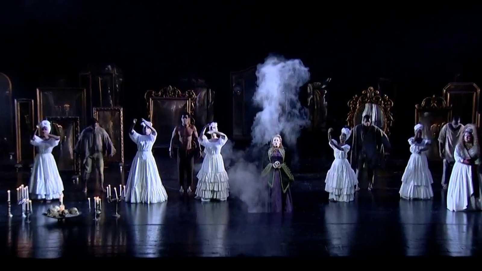 El Teatro Real reabre con mascarillas y con la obra 'Un ballo in maschera' de Verdi