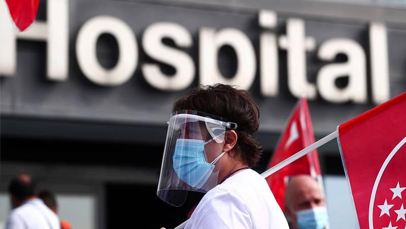 """Médicos de Madrid denuncian descoordinación frente a la COVID-19: """"Se están dando palos de ciego"""""""