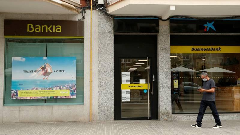 La fusión de CaixaBank y Bankia abre la puerta a la creación de gigantes bancarios a nivel europeo