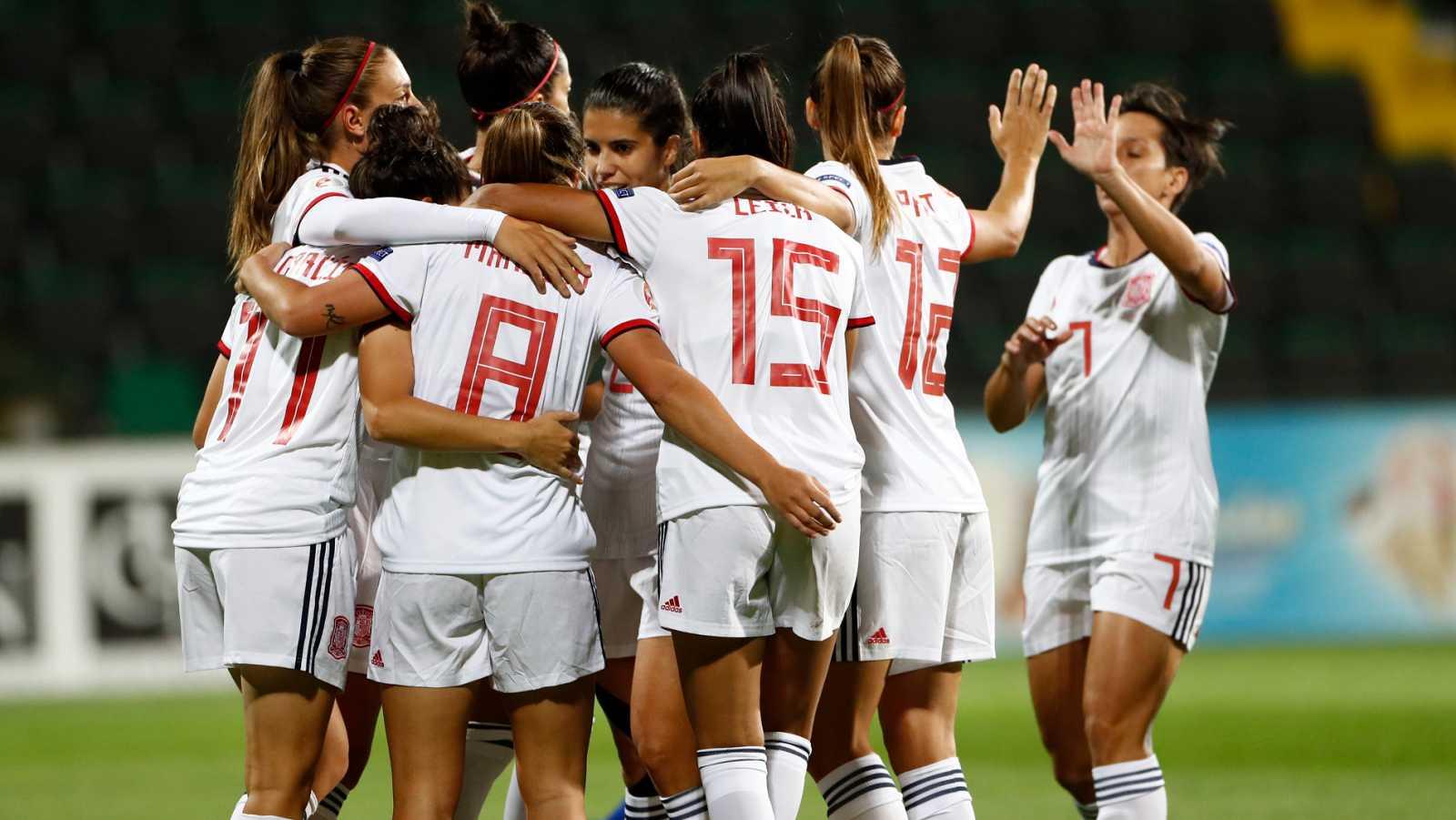 Resumen y goles del Moldavia 0-9 España