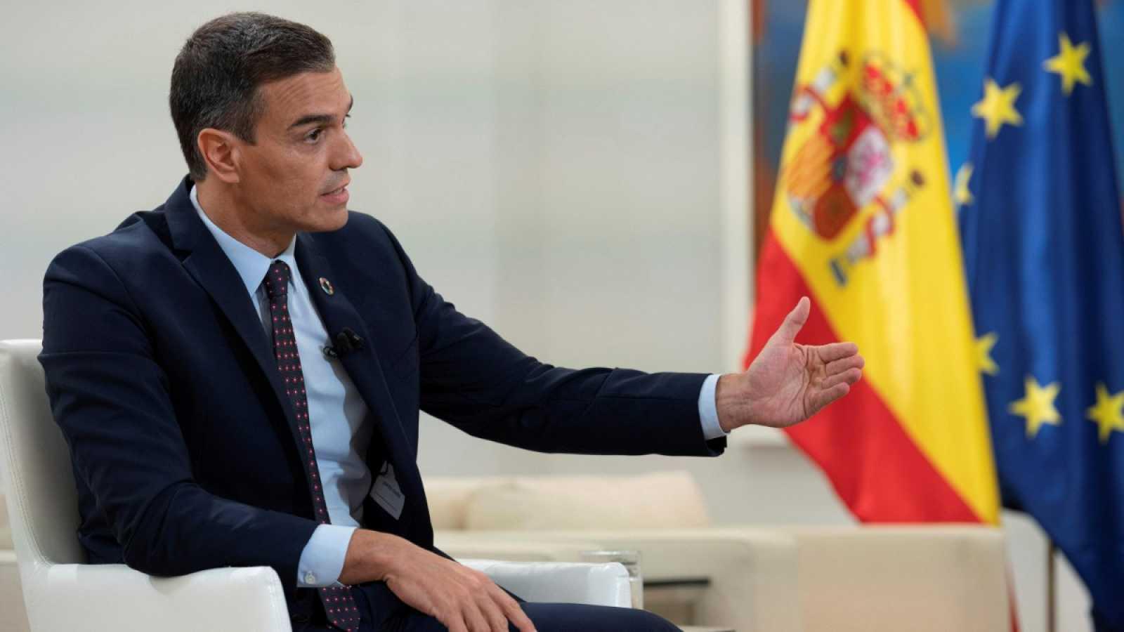 """Sánchez no contempla un confinamiento del país y tiende la mano a Ayuso: """"Iré a la Puerta del Sol solamente a ayudar"""""""