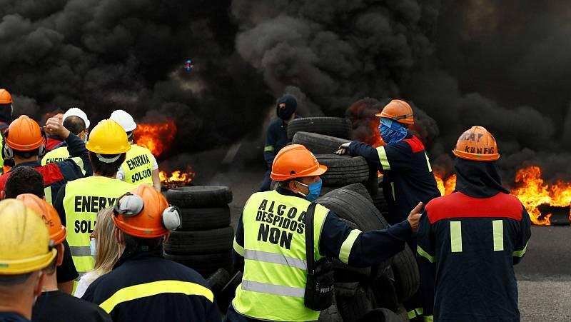 Preocupación entre los trabajadores de Alcoa, a la espera del acuerdo para la venta de la fábrica de San Cribao