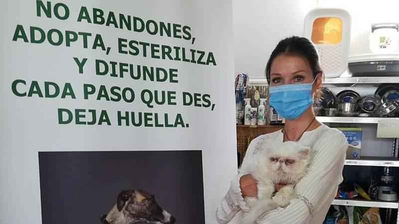 Esther Doña y su amor por los animales