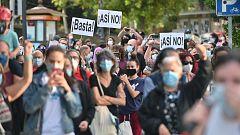 Sindicatos, asociaciones y partidos piden un plan para afrontar la pandemia en Madrid y convocan una protesta