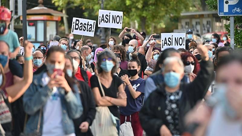 """Sindicatos, asociaciones y los partidos de la izquierda piden un plan """"riguroso"""" y basado en """"criterios científicos"""" para afrontar la pandemia en """"toda la región"""" de Madrid"""