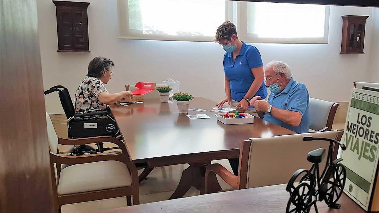 La pandemia y la falta de contacto social pasan factura a los enfermos de Alzhéimer