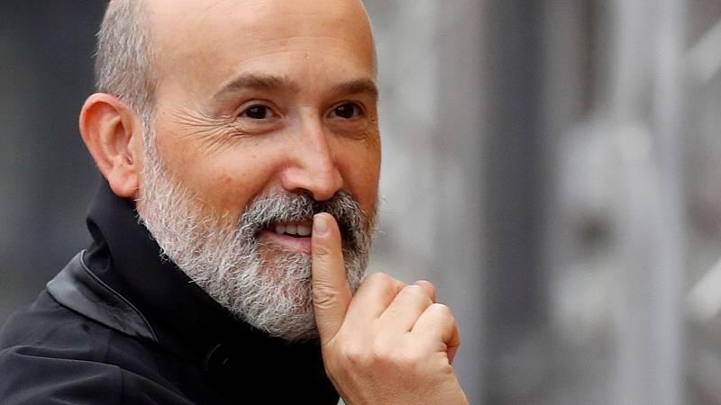 Javier Cámara presenta en San Sebastián 'Sentimental, su nueva colaboración con el director Cesc Gay