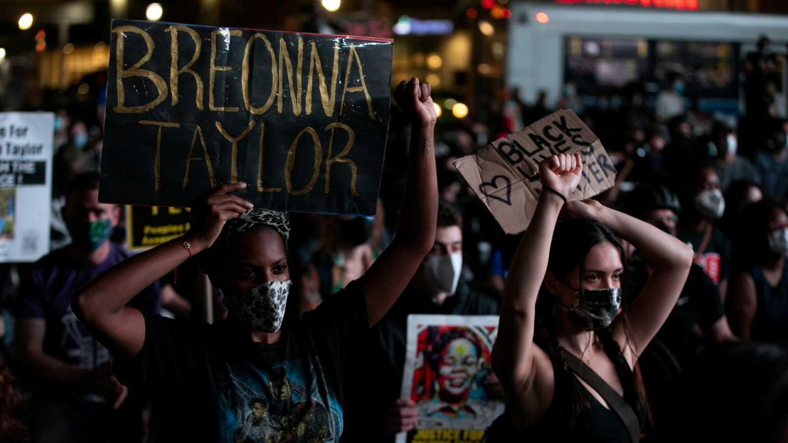 Dos heridos de bala en las protestas por la muerte de Breonna Taylor en Kentucky