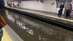 El Metro de Madrid se inunda por una tromba de agua