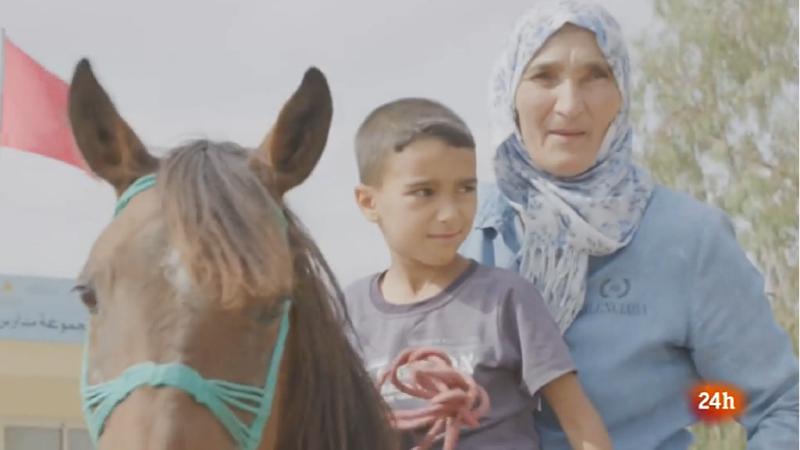 Zohra, la mujer jinete que se ha convertido en Marruecos en símbolo de la igualdad