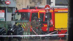 Al menos dos heridos tras un ataque con cuchillo cerca de la antigua sede de Charlie Hebdo en París