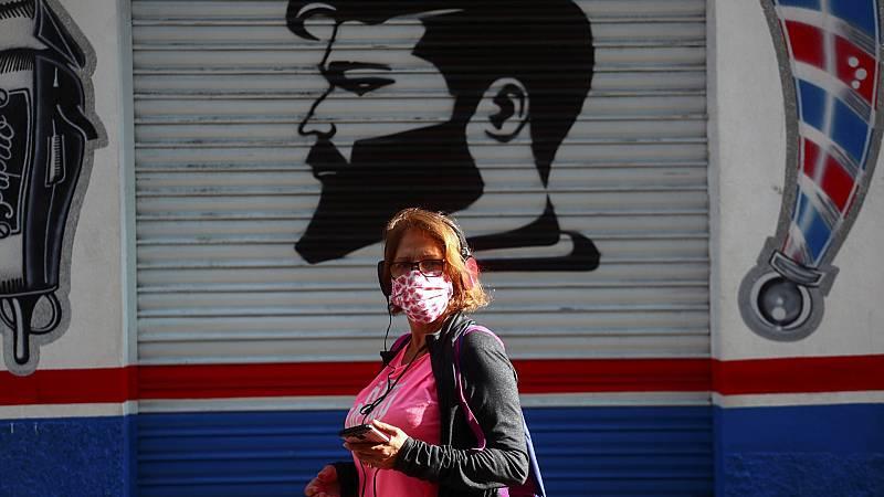 """Los expertos creen que es """"insuficiente"""" restringir zonas básicas en Madrid"""
