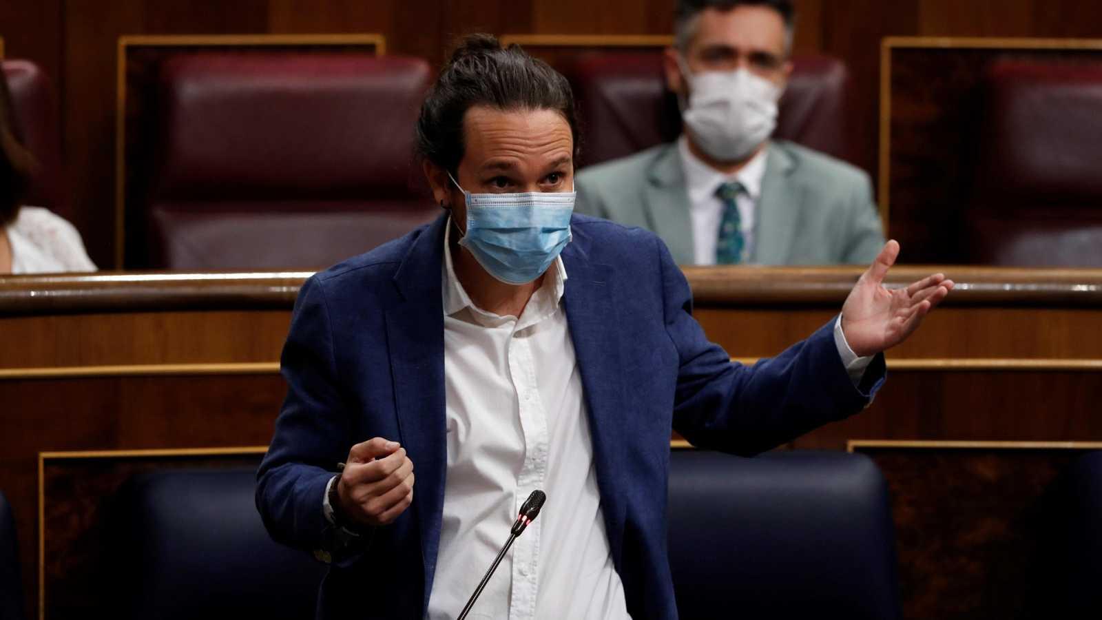 """Iglesias pide """"neutralidad"""" al rey tras la llamada a Lesmes y Casado exige a Sánchez que """"desautorice"""" a su vicepresidente"""