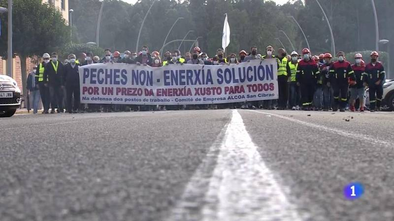 Protestas en Xove ante el fin del plazo para la venta de Alcoa