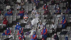 Silencio en la vuelta del público a los estadios de fútbol en Japón