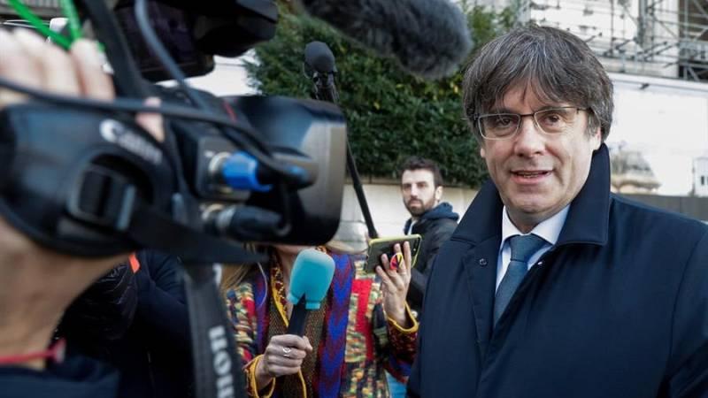 """Puigdemont asegura que la justicia ha pactado con el Gobierno la fecha de la sentencia de Torra: """"Es vergonzoso"""""""
