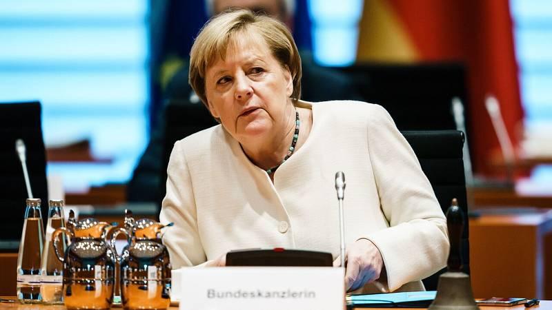 Merkel advierte de un posible pico de contagios en Alemania para Navidad