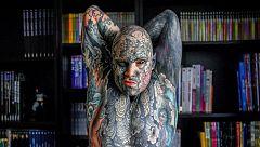 Un profesor, expulsado de una guardería de París por sus tatuajes