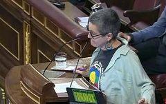 Rifirrafe en el Congreso por un pegatina de ERC que decía 'Fuera Vox'