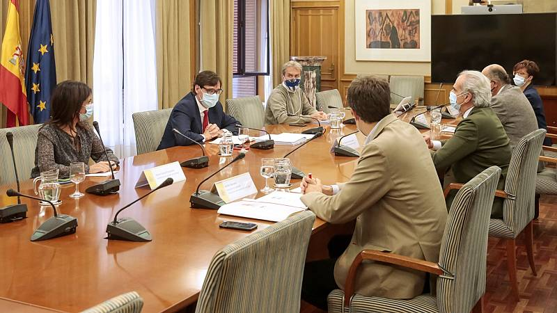 Sanidad propone a las CCAA restringir la movilidad en municipios con más de 500 casos por 100.000 habitantes