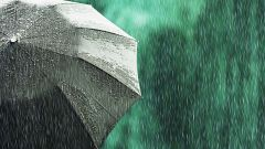 Lluvia en el norte y viento fuerte hoy en Galicia, Asturias y Andalucía