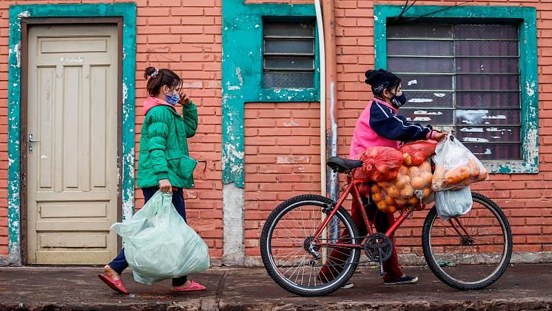"""ONU Mujeres: """"En 25 semanas, hemos perdido 25 años de progreso"""""""