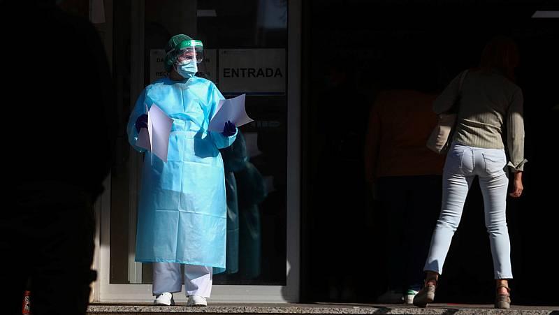 """Simón recuerda que los criterios de la orden de Sanidad son para """"una situación extrema"""" y que se recomienda actuar mucho antes"""