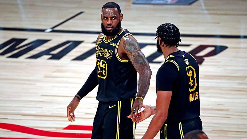 Segunda victoria de Lakers contra Miami con David y LeBron desatados