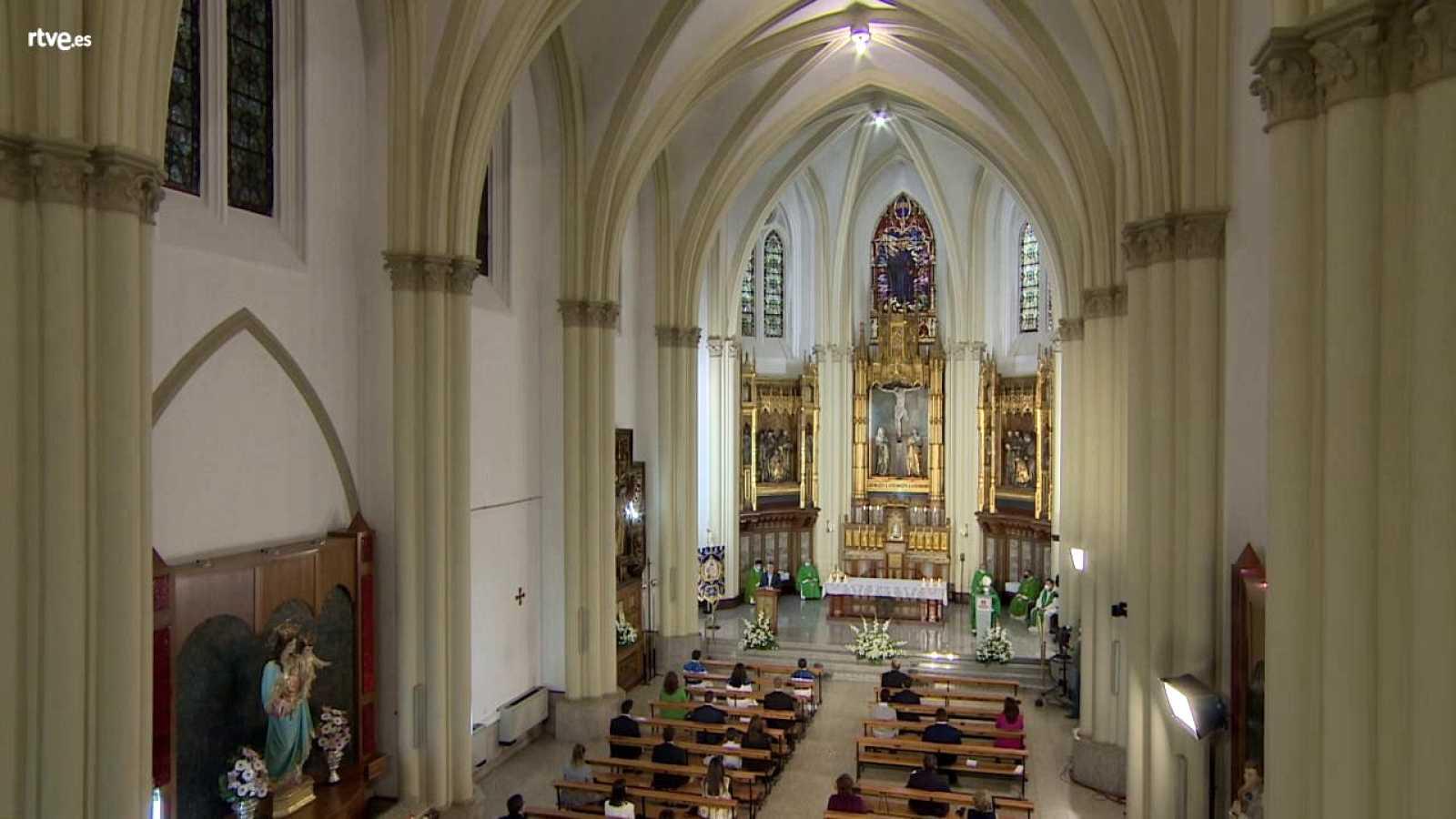 El Día del Señor - Capilla del Colegio Salesianos (Ciudad Real) - ver ahora