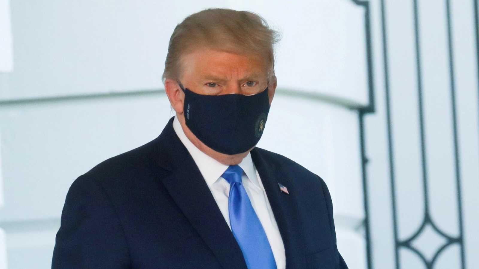 Trump tuvo fiebre y necesitó xígeno complementario, según sus médicos