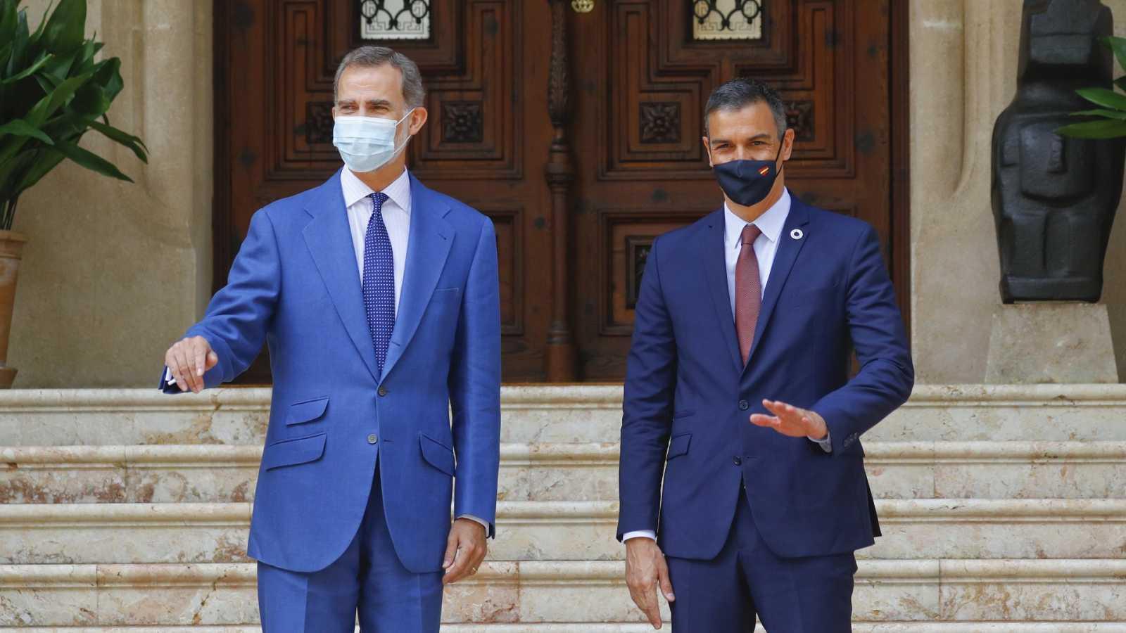 Felipe VI y Sánchez viajarán este viernes a Barcelona tras la polémica de la entrega de despachos