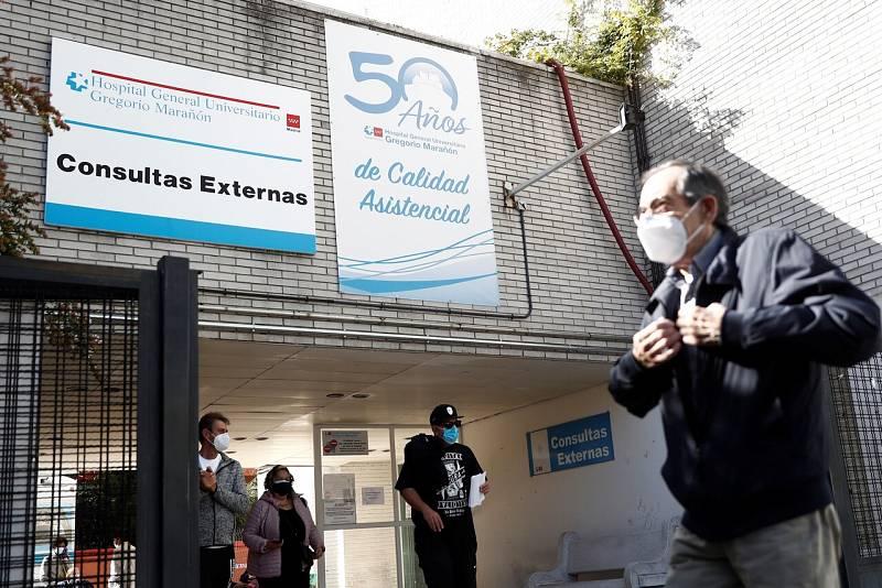Sanidad duda de los datos de Madrid por los retrasos en las notificaciones y los test de antígenos