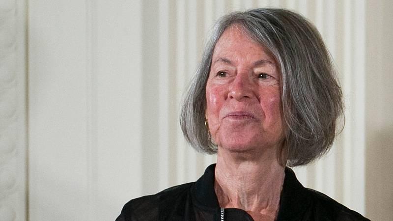 La poeta estadounidense Louise Glück gana el Nobel de Literatura