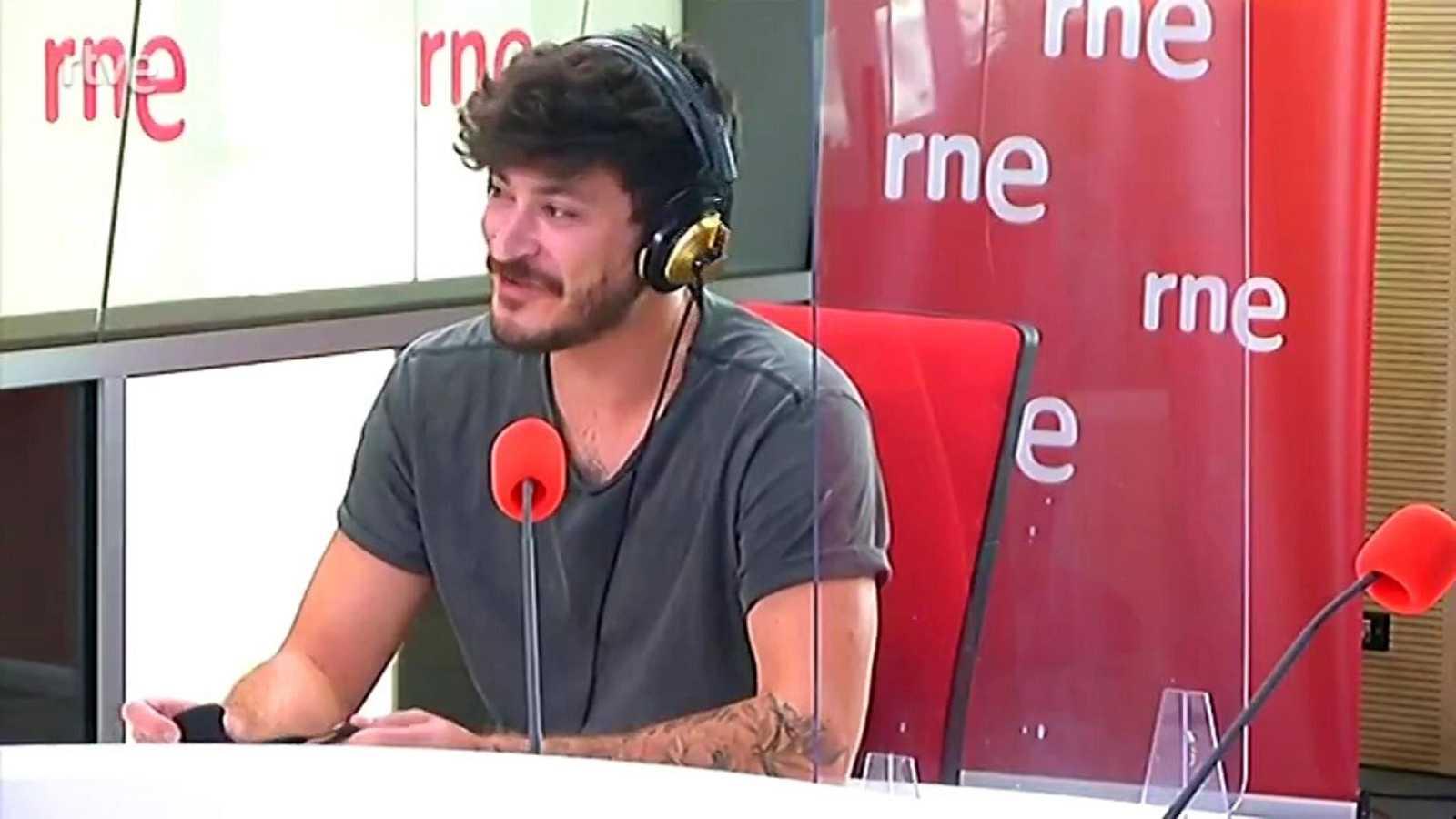 """Luis Cepeda: """"Cada canción tiene su propia historia y su propio significado y tendrá su propia vida para la gente que lo escuche"""" - ver ahora"""