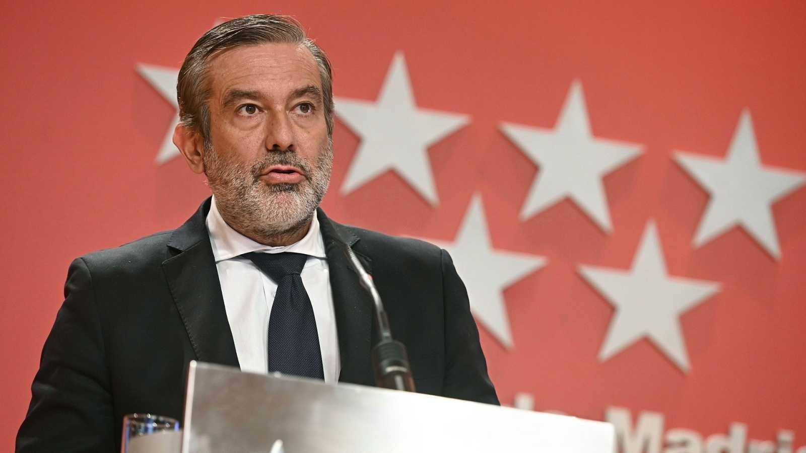 """López, """"perplejo"""" ante el estado de alarma, mantiene su postura de confinar zonas"""