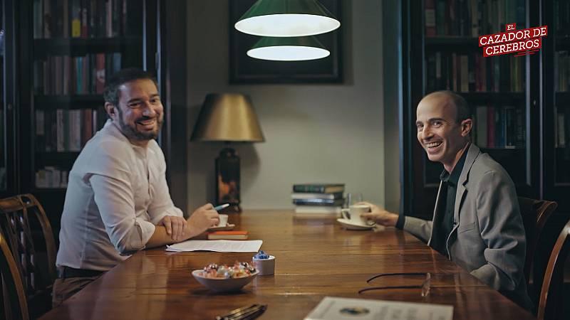 Vídeo resumen del segundo capítulo de la 4ª temporada de El Cazador de Cerebros con la entrevista a Harari
