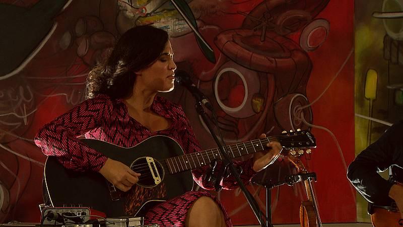 Zona Extra - Silvia Pérez Cruz en el Museo Thyssen canta 'Todas las madres del mundo' - 13/09/10/20