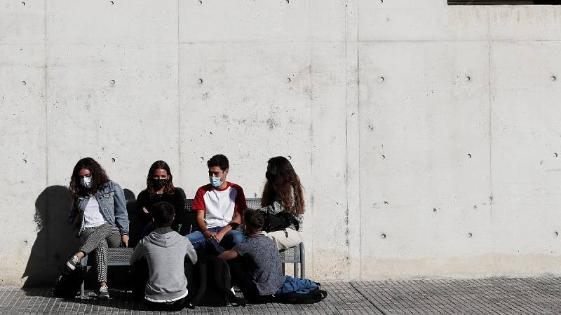 """Chivite pide frenar """"la interacción social"""" ante el aumento de contagios en Navarra"""