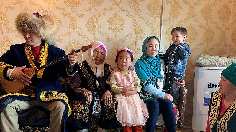 Diario de un nómada - Las huellas de Gengis Khan: Concierto familiar en Mongolia - ver ahora
