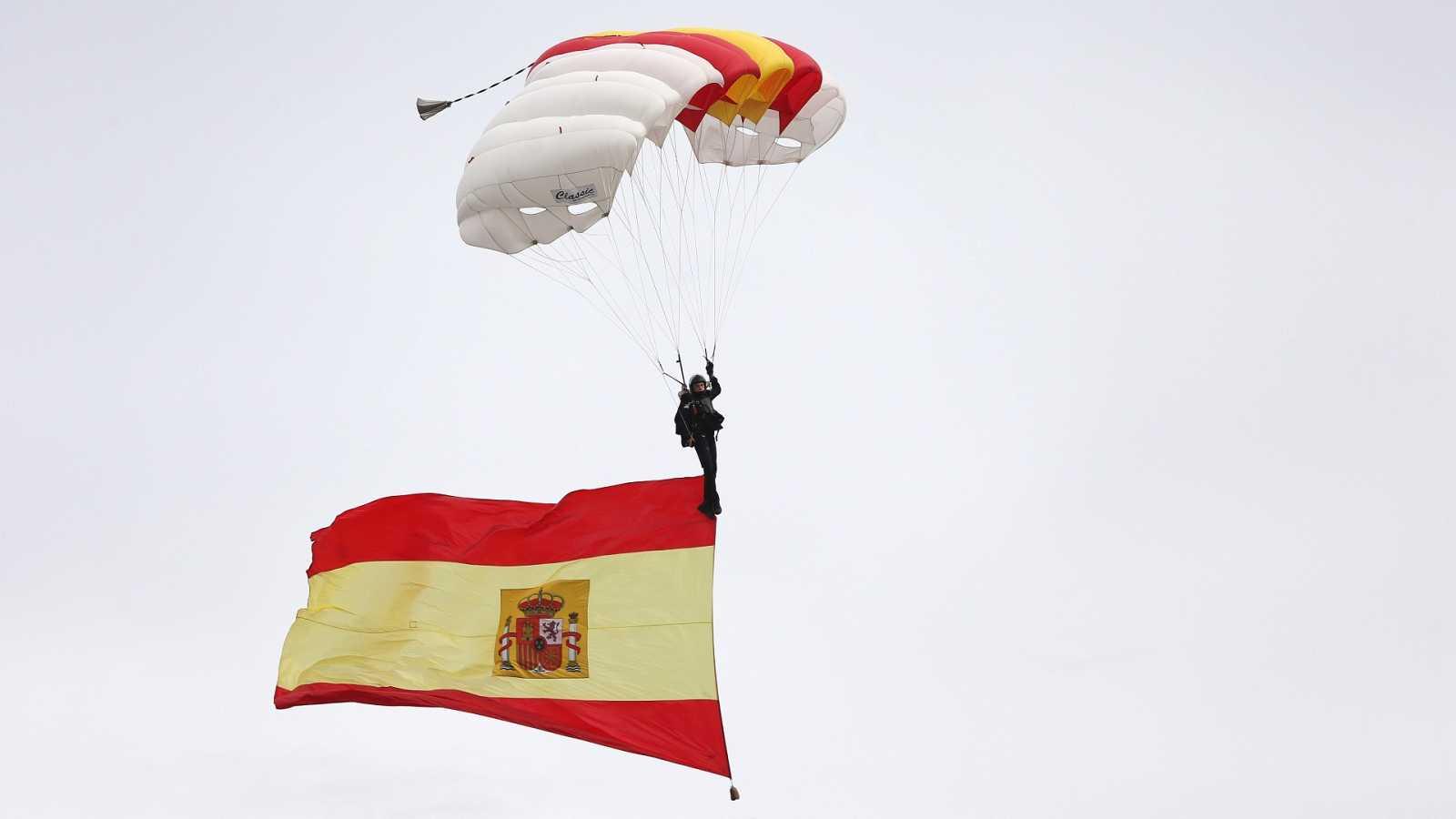 El Palacio Real acoge una celebración de la Fiesta Nacional descafeinada por la pandemia