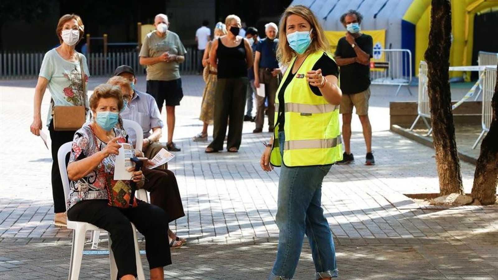 Cataluña aprueba nuevas restricciones ante el elevado riesgo de rebrote de coronavirus