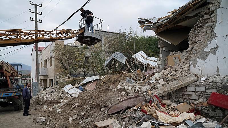 Armenia y Azerbaiyán se acusan mutuamente de violar el alto el fuego