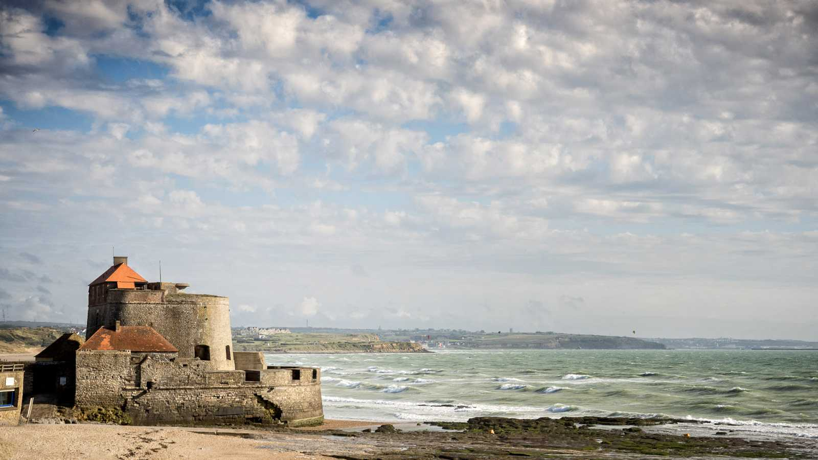Viento fuerte en Menorca, Pirineos, Castellón y sur de Tarragona - ver ahora