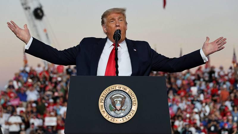 """Trump pide vencer a la """"izquierda radical"""" en su primer mitin post COVID-19 en Florida"""