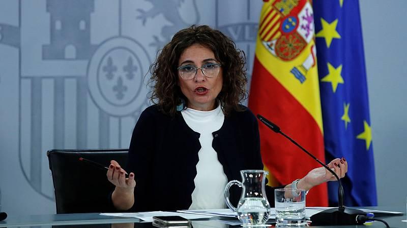 """Montero acusa al PP """"insumisión y rebelión constitucional"""" por bloquear la renovación de las instituciones"""